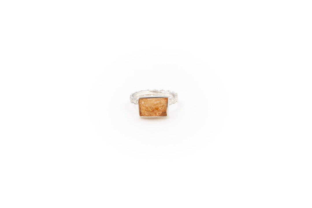 Fiona The Firecracker - Imperial Topaz