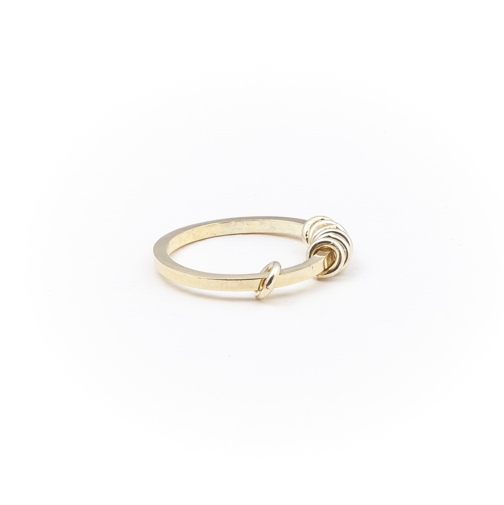 Olivia The Oblivious - Hoop 14k