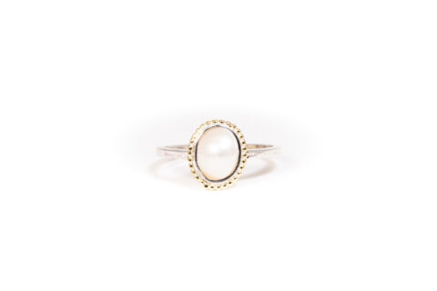 June Birthstone Ring - Pearl
