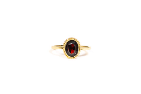 January Birthstone Ring - Garnet